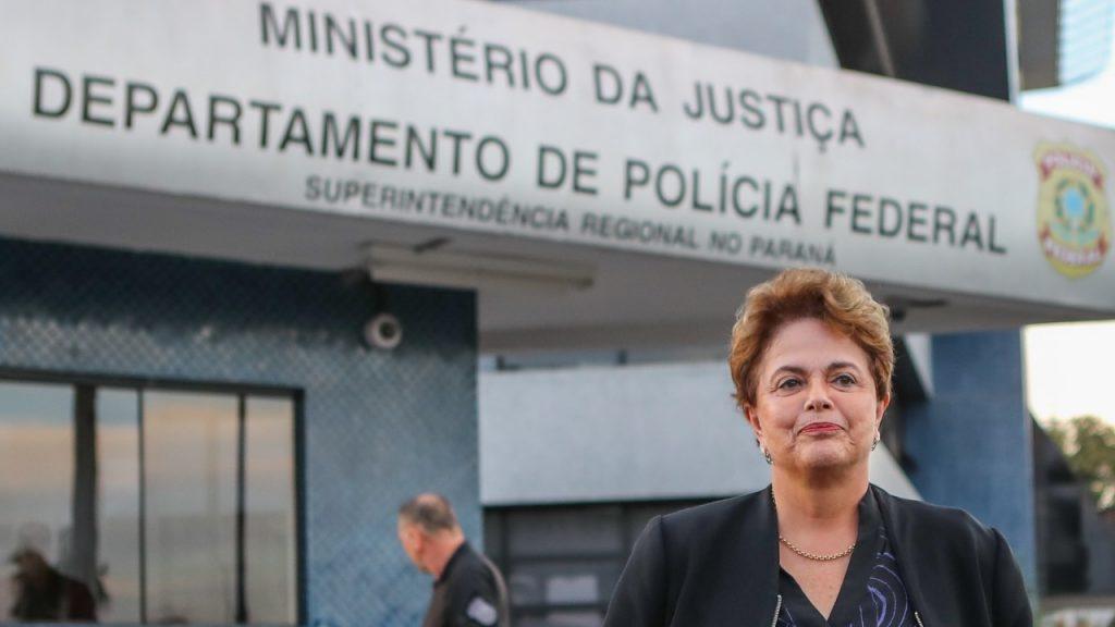 Dilma diz que Lula é muito bem tratado na prisão