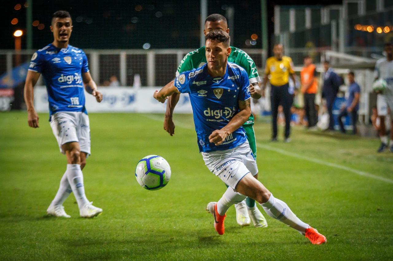 Chapecoense vence o Cruzeiro em Belo Horizonte: 2 a 1.