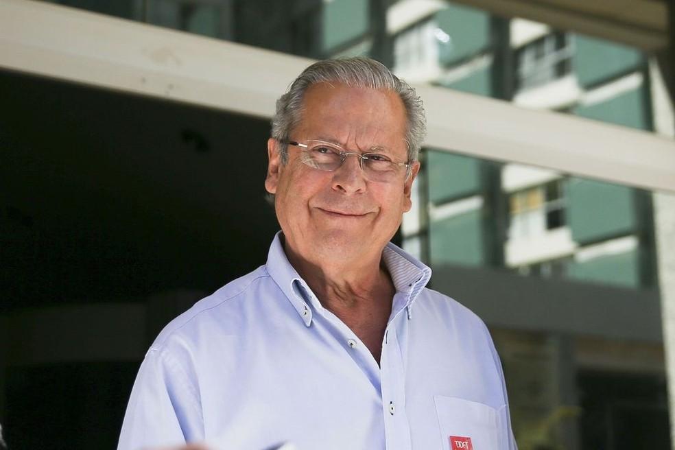 José Dirceu não se apresenta à Polícia Federal no horário determinado
