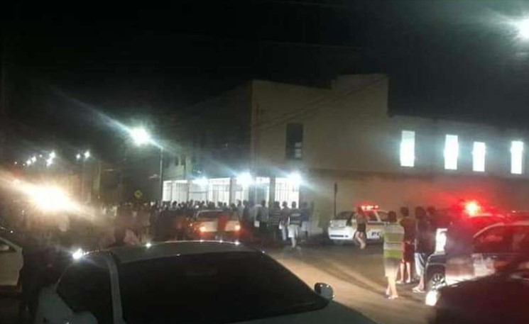 Homem invade igreja evangélica e mata ao menos quatro pessoas em Minas Gerais
