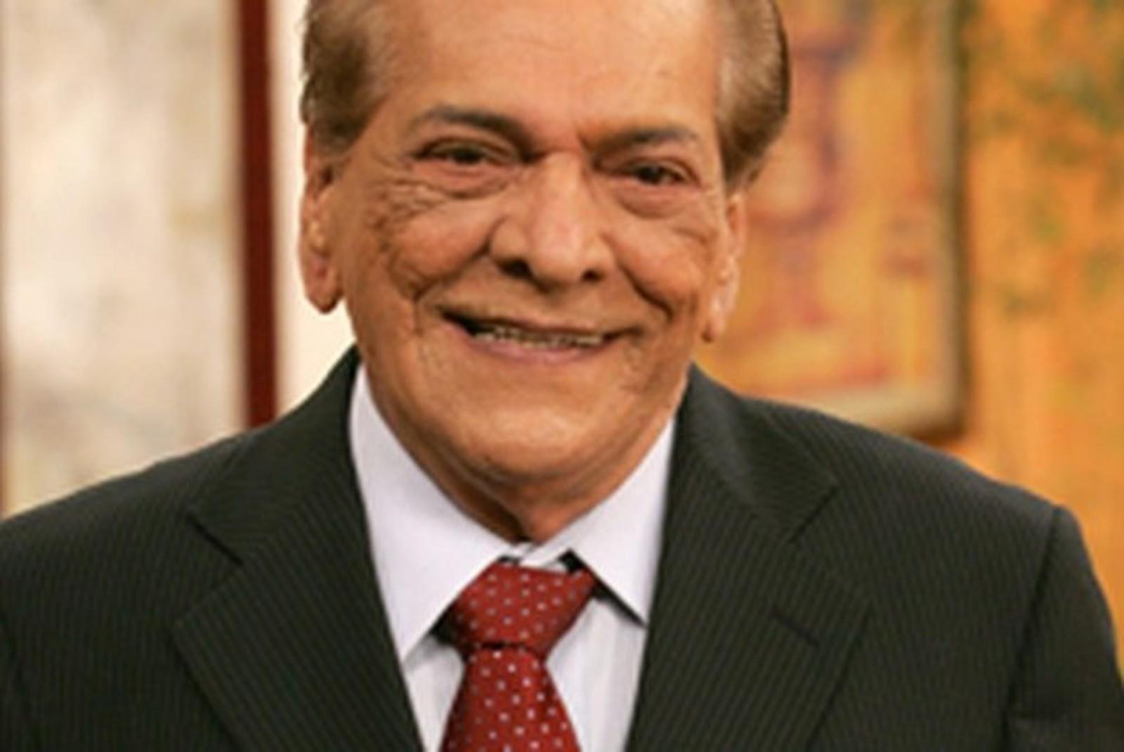 Lúcio Mauro, ator e comediante, morre aos 92 anos  no Rio de Janeiro.